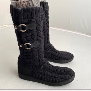 UGG black Tulsarosa Route cable knit boots 8